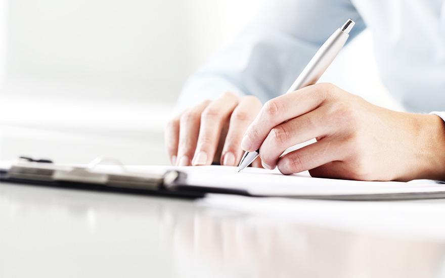 Rekrutacja, pisanie długopisem wnotatniku